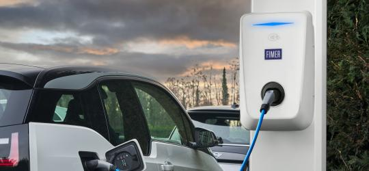 2021 Brochure Charging solutions for electric vehicles